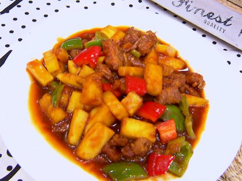 咕噜肉的做法 菜肉水果全包含营养丰富味道佳