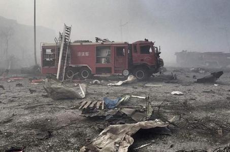 天津爆炸牵动全国人民的心 讲述化学品爆炸如何逃生?